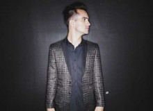 PANIC AT THE DISCO VICTORIOUS SINGLE
