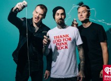 BLINK 182 I HEART RADIO CALIFORNIA BORED TO DEATH